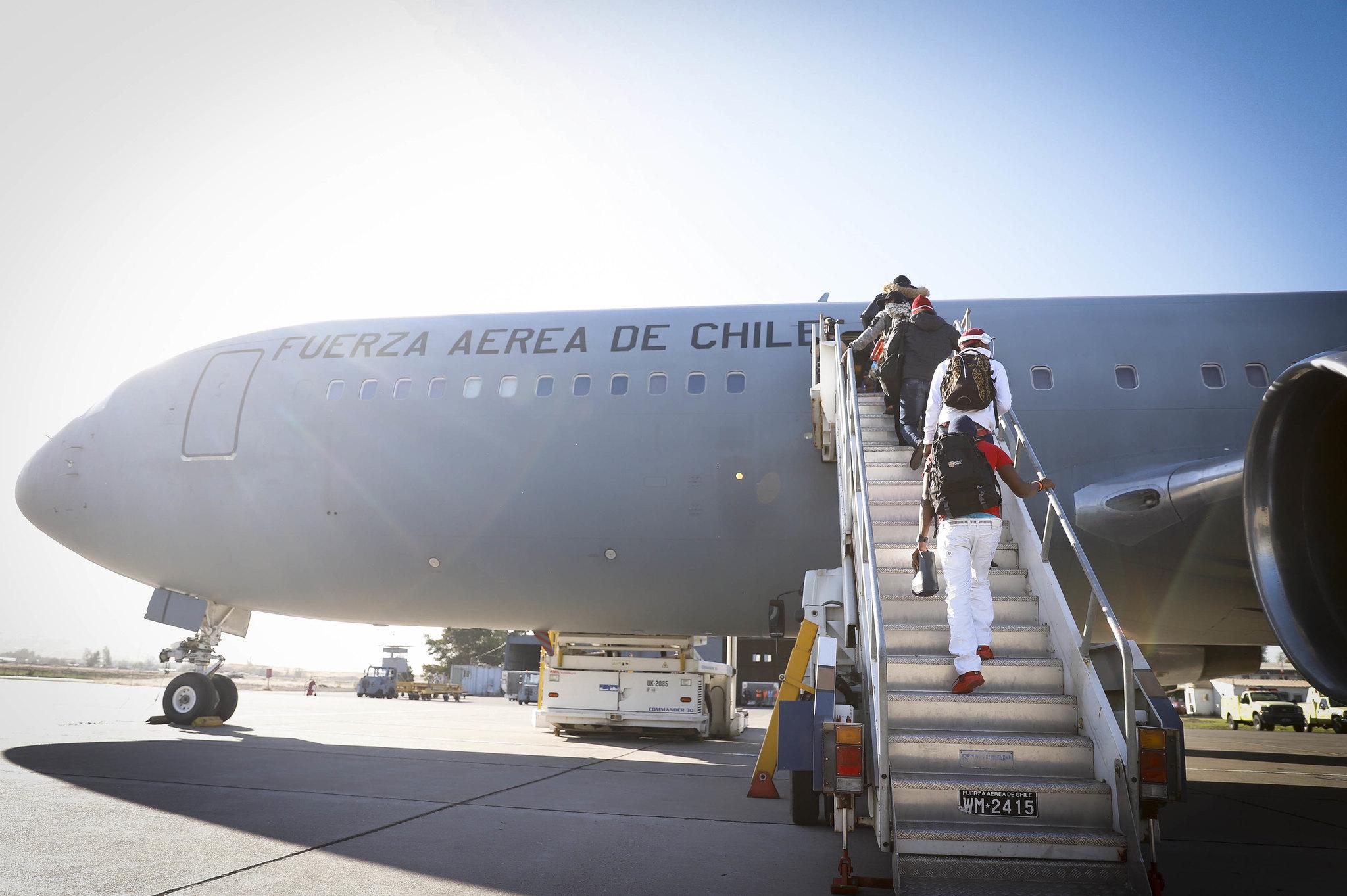 DISPONEN DE VUELO HUMANITARIO PARA REPATRIAR COLOMBIANOS VARADOS EN CHILE