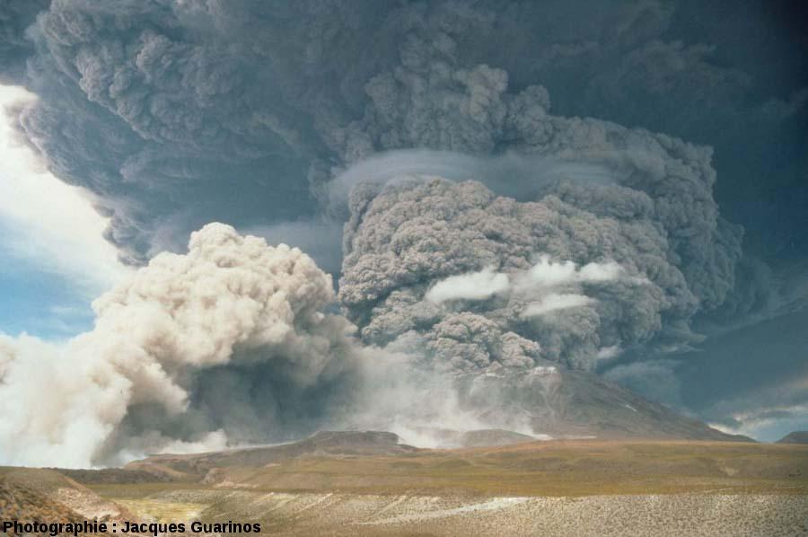 Geólogo del programa Ckelar recomienda medidas a 28 años de la gran erupción del volcán Láscar