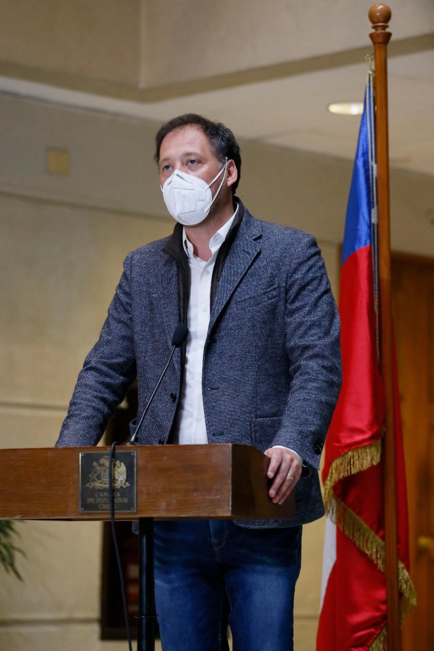A ley proyecto presentado por diputado de Antofagasta que permitirá ensayos clínicos de vacunas