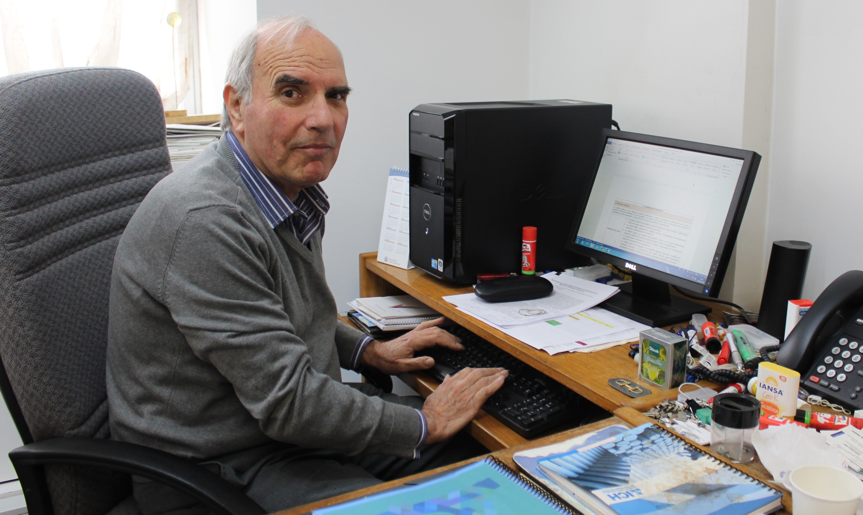 Académico Juan Music, integra nuevo equipo asesor de la CNA