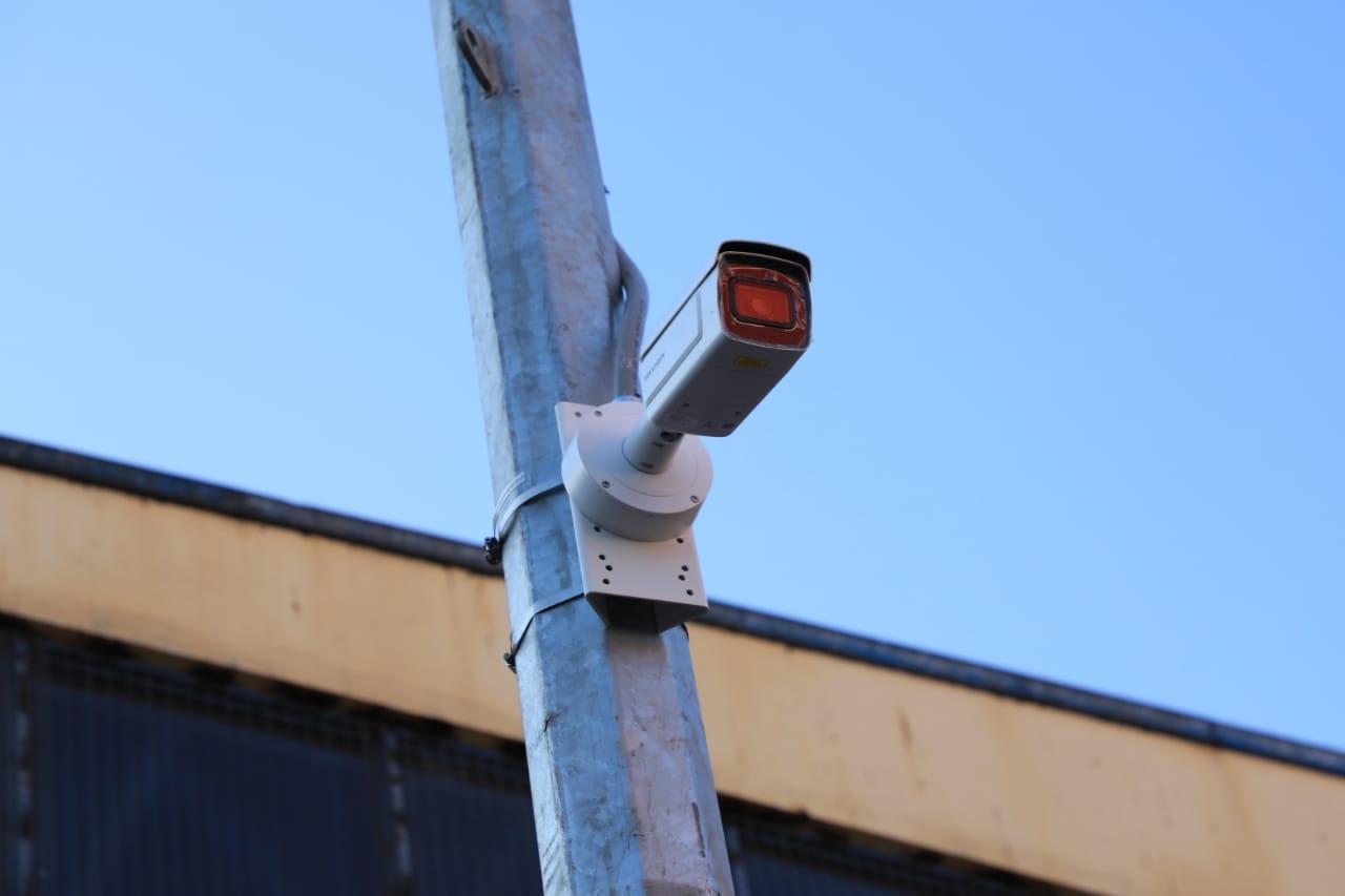 Alcalde Wilson Díaz constata avances en instalación de las primeras cámaras de televigilancia