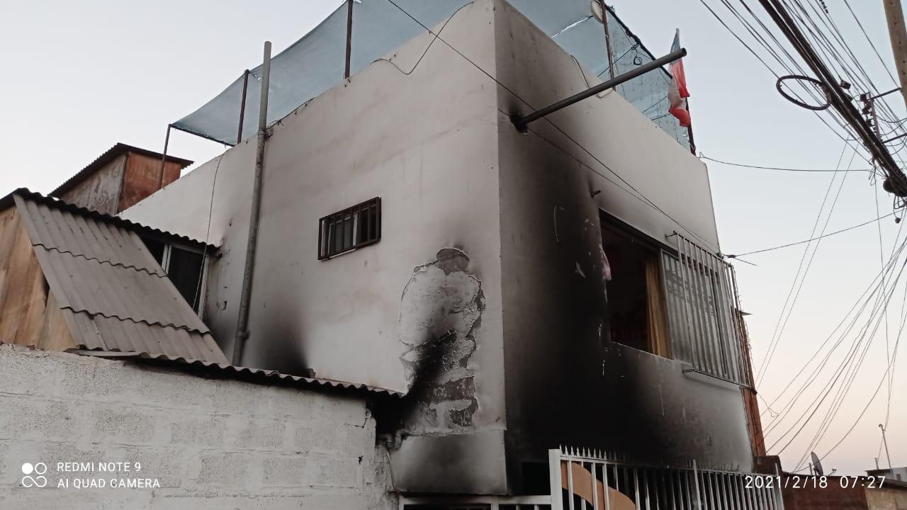 Carabinero rescata a tres personas desde vivienda en llamas