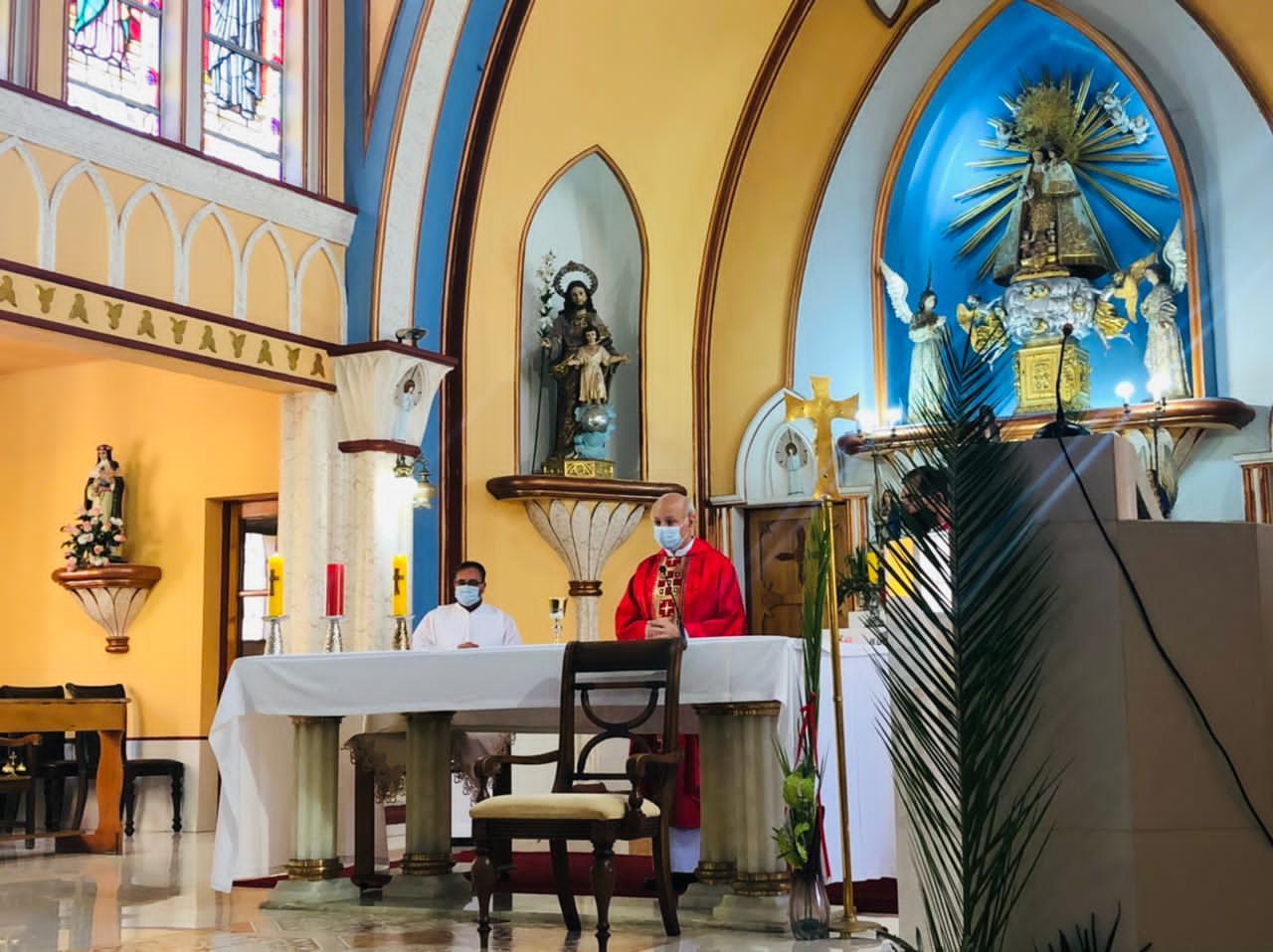 UCN llevó Misa de Domingo de Ramos a la comunidad nortina