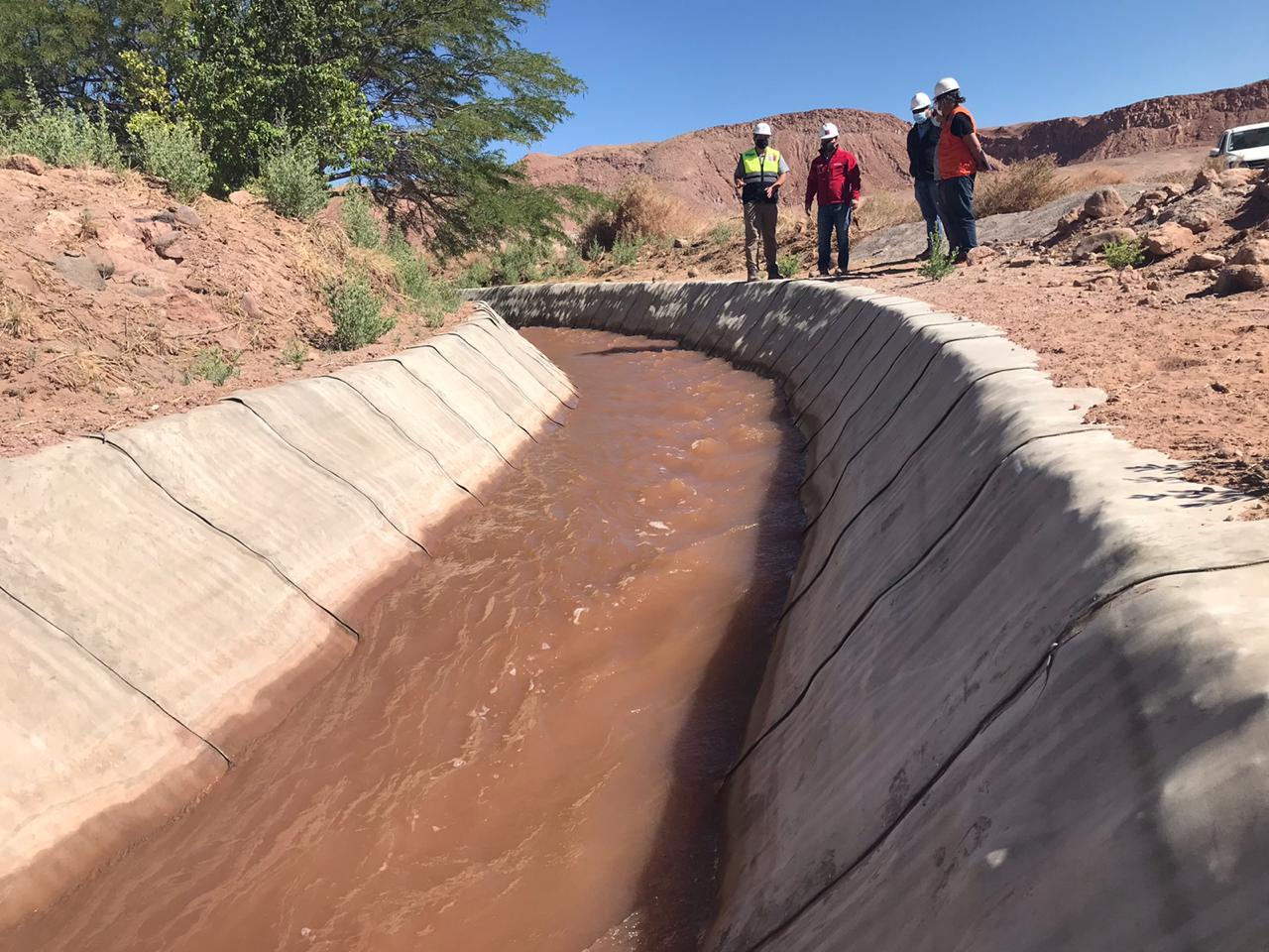 Antes de fin de año MOP terminará obras de conservación en canales de riego fiscal