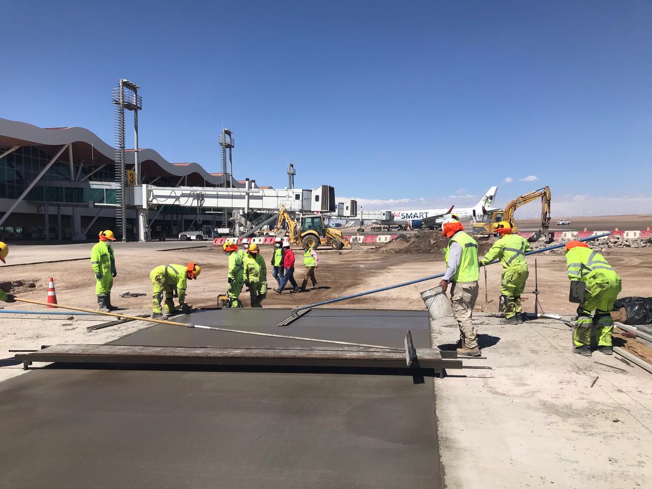 MOP inició segunda etapa de conservación mayor en aeródromo El Loa