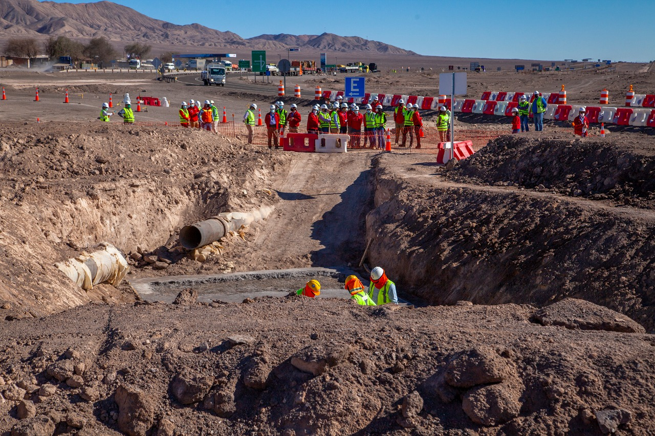 MOP inició construcción de doble vía Rutas del Loa