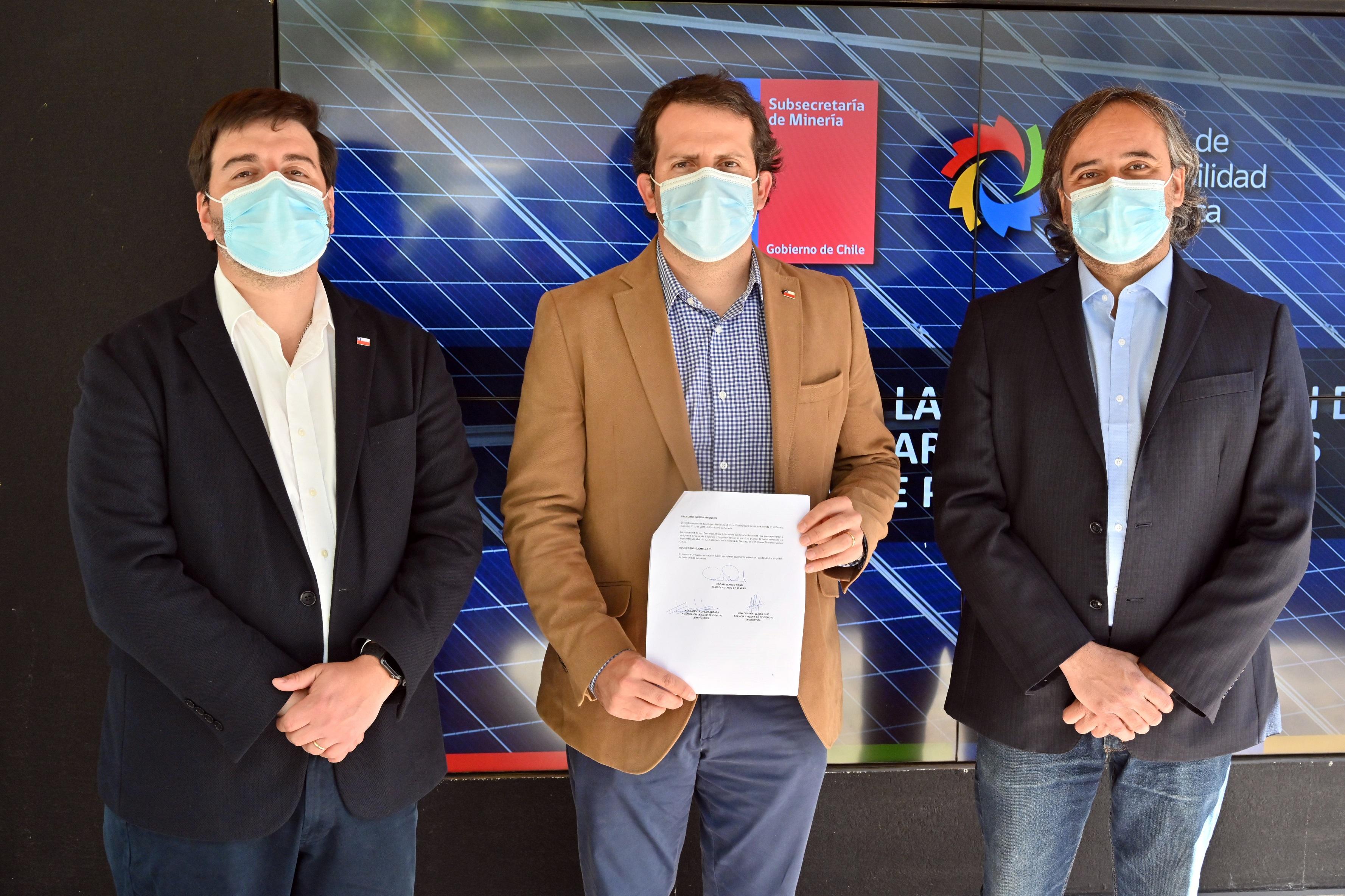 Gobierno abre fondo para impulsar el uso de la energía solar en la pequeña minería y minería artesanal