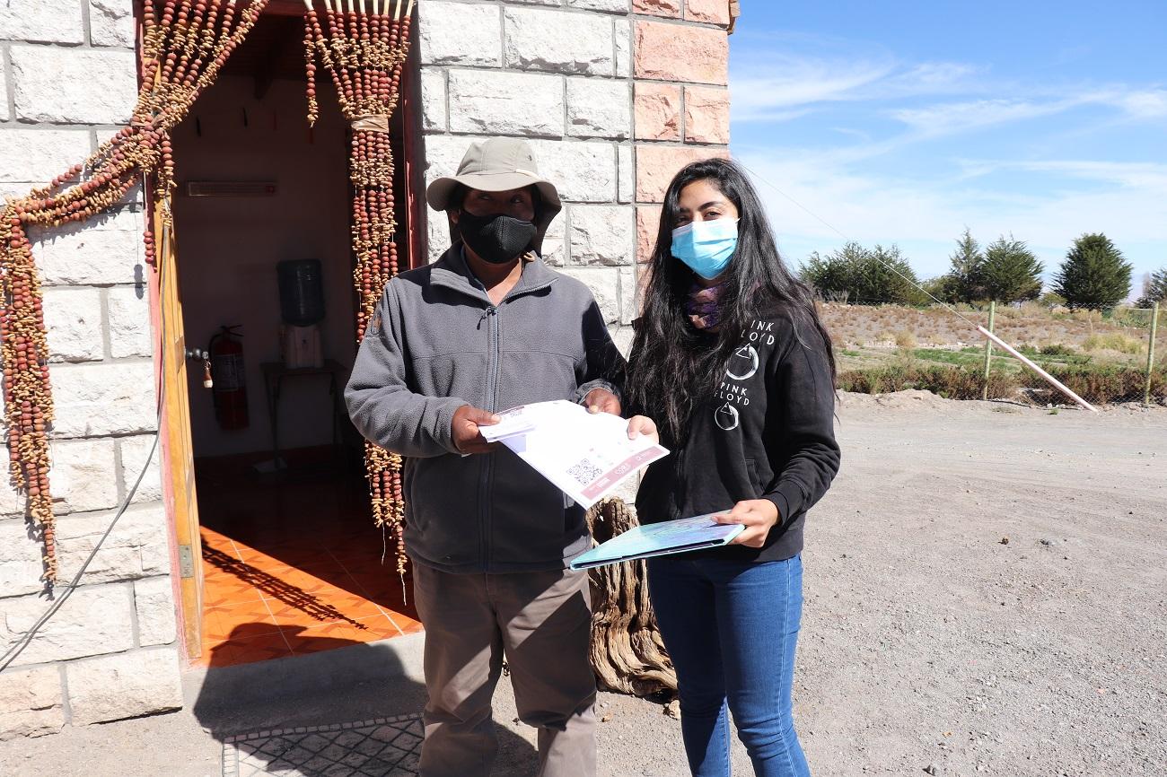 Aplican encuestas de percepción de riesgo volcánico a comunidades altiplánicas