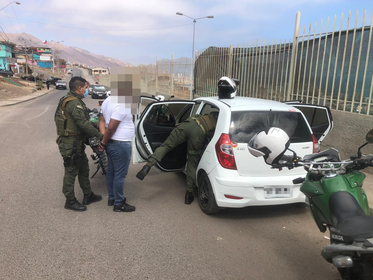 En patrullaje preventivo Carabineros sorprende a sujeto con cocaína base