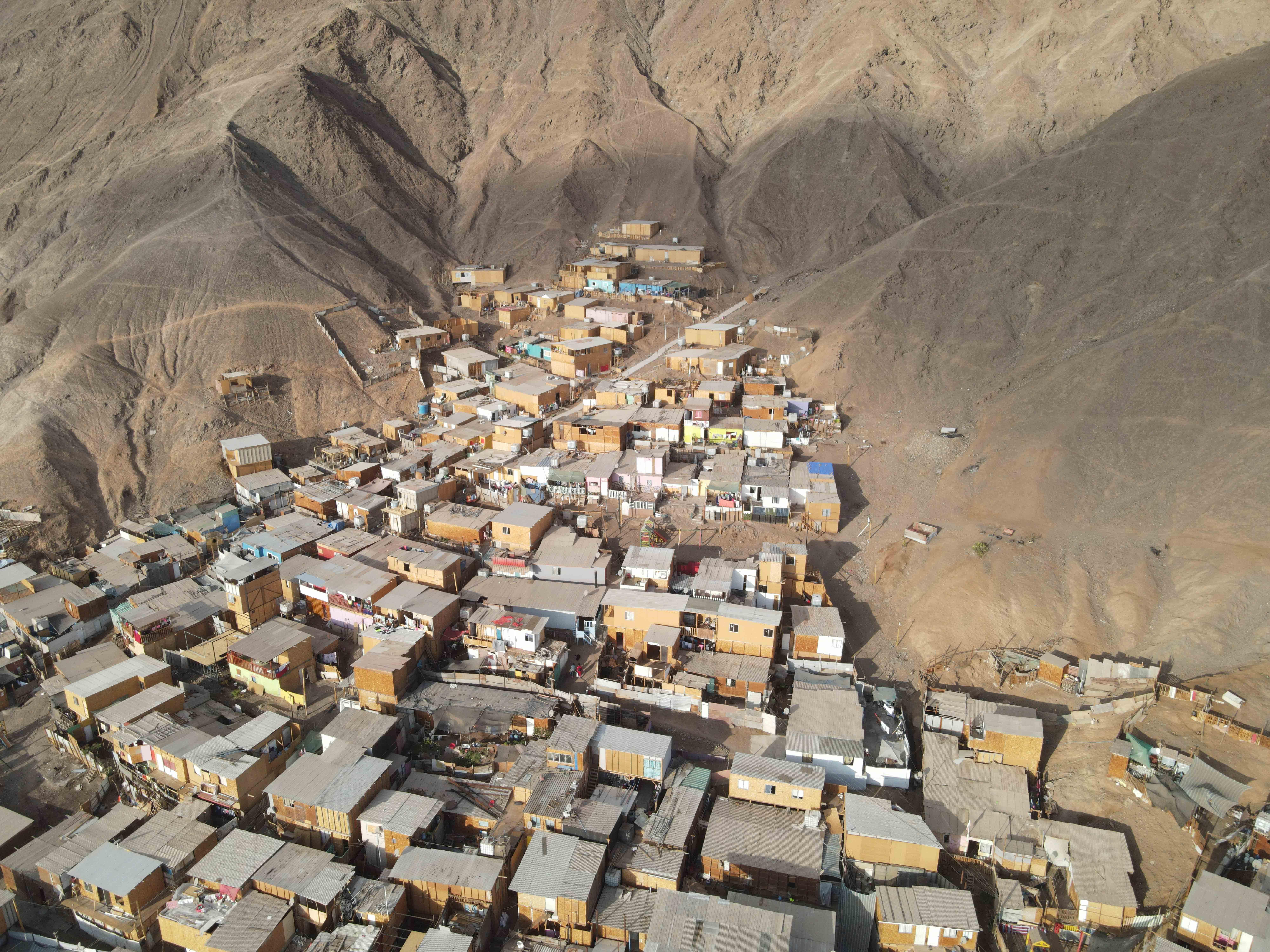 Imágenes aéreas detectan viviendas en vías aluvionales en Antofagasta