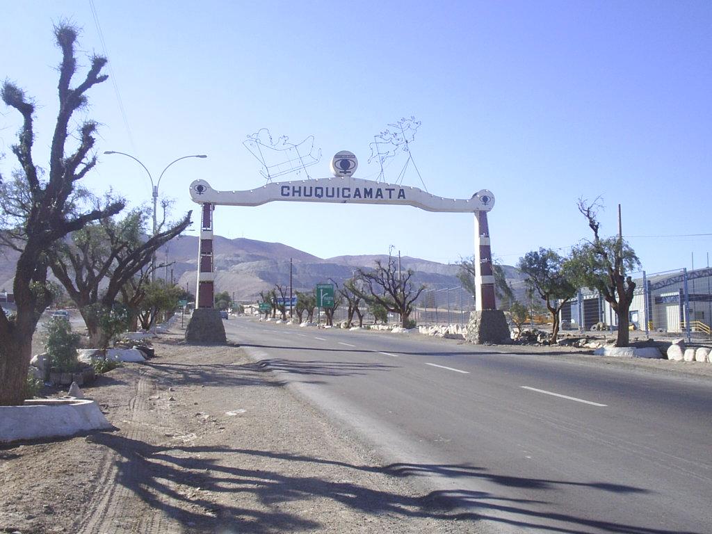 Urgente llamado a preservar casco histórico de Chuquicamata formuló académico e historiador