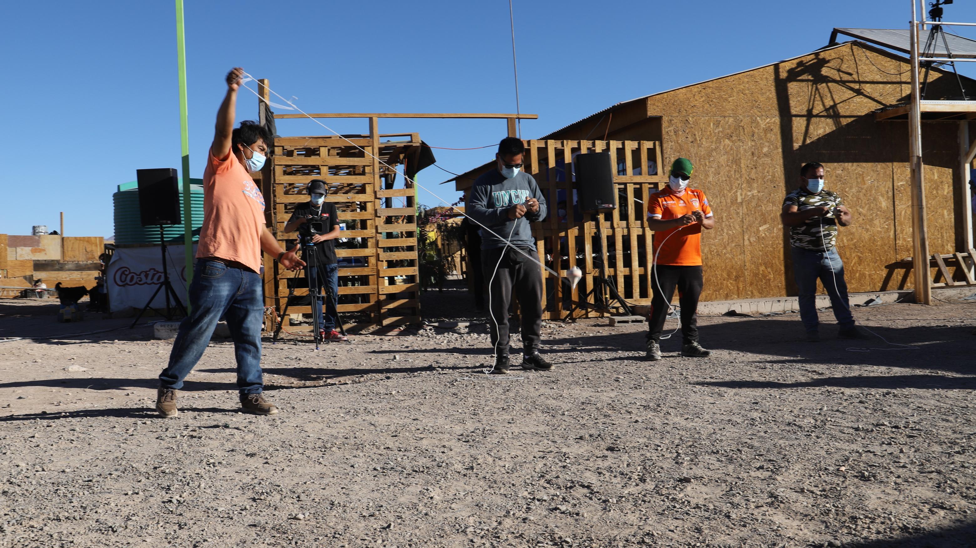 Barrio Ecológico de Quetena vive la chilenidad en un nuevo esquinazo vecinal