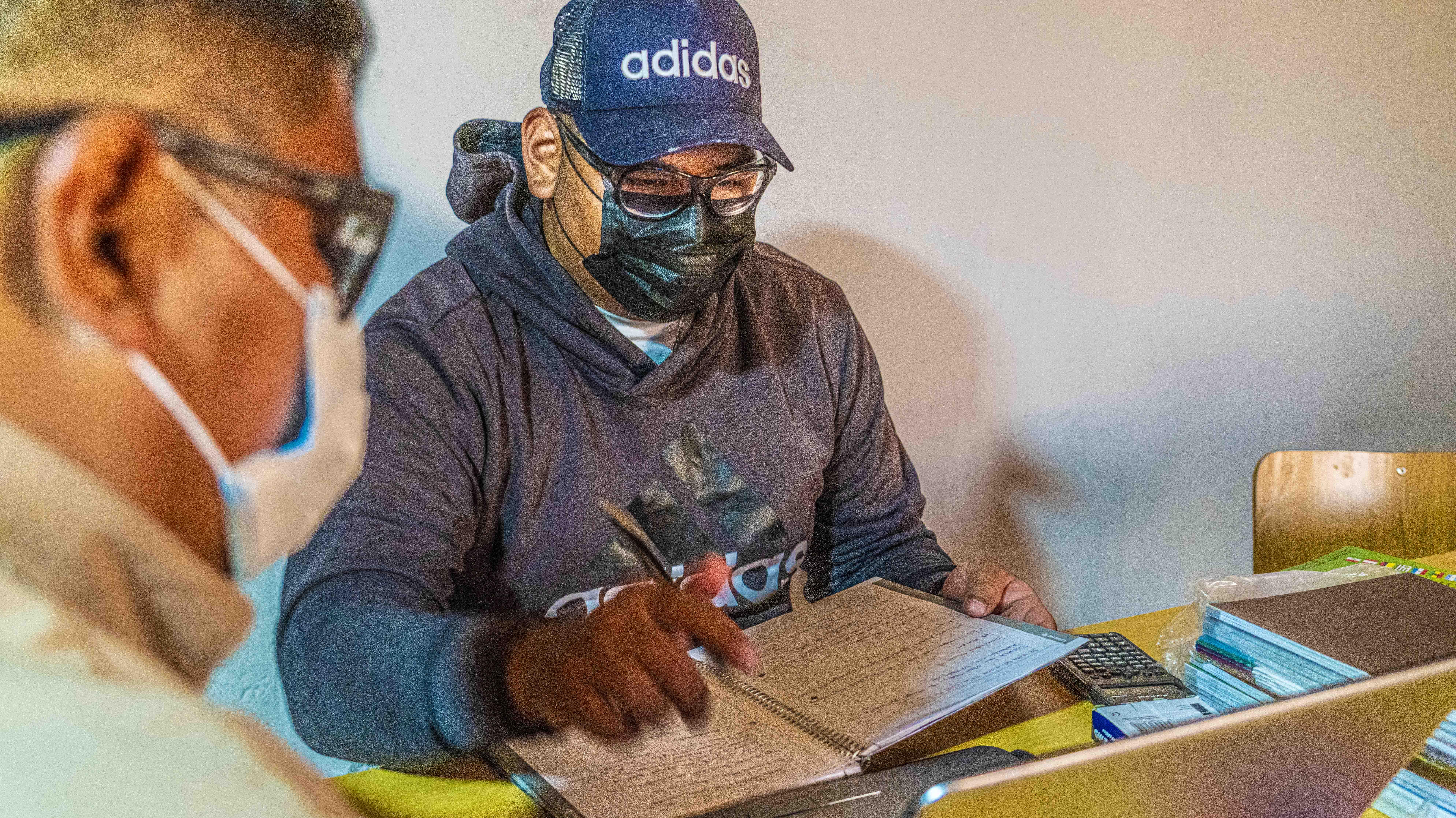 120 alumnos y alumnas del Salar de Atacama inician el desafío de completar su educación básica y media
