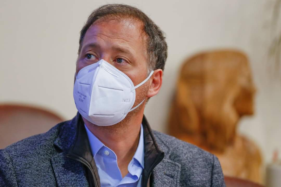 Diputado José Miguel Castro (RN) pide prohibición de fumar  en espacios públicos mientras dure la pandemia