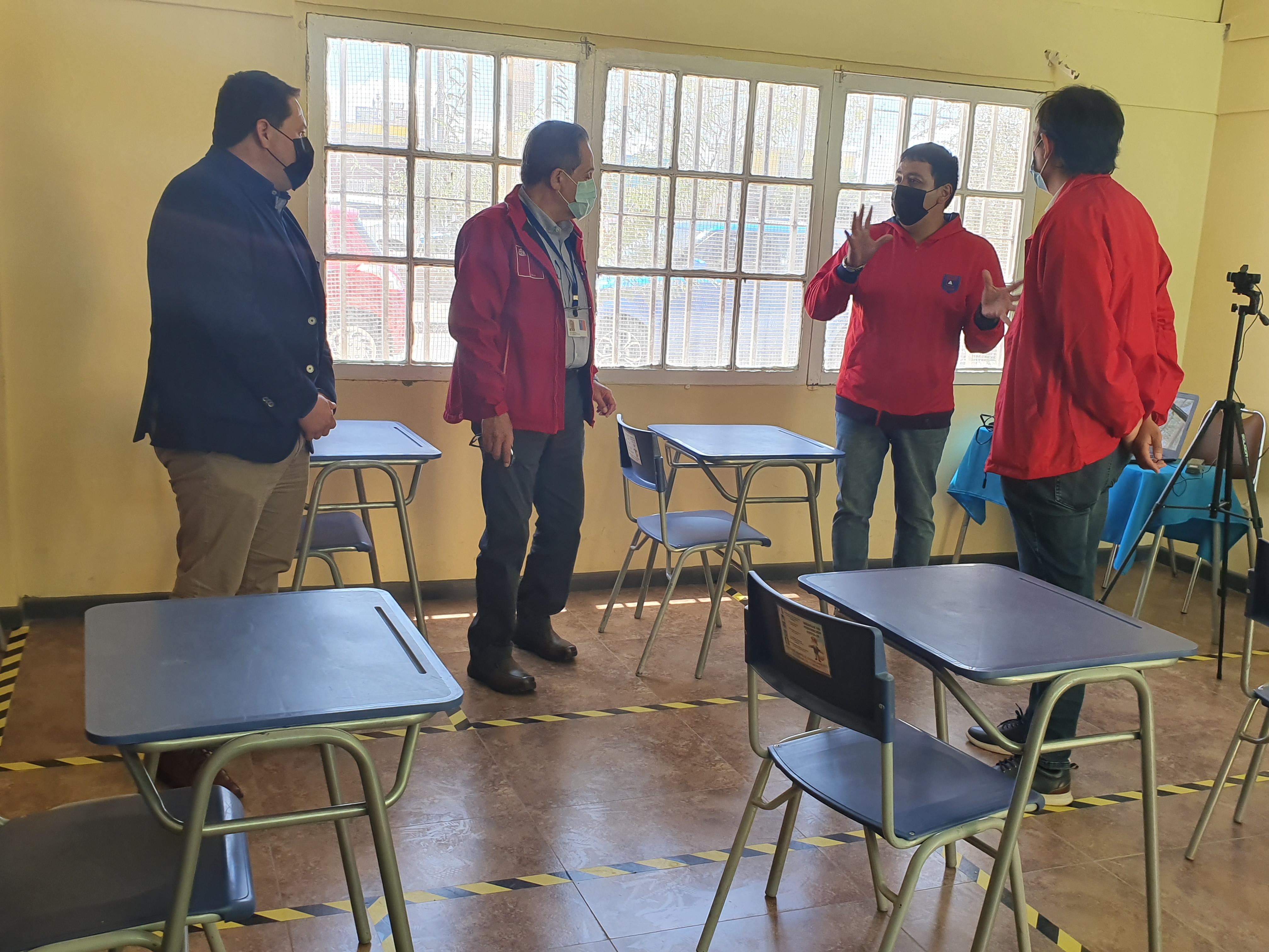 Autoridades supervisan implementación de protocolos en establecimientos educacionales para el inicio del año escolar