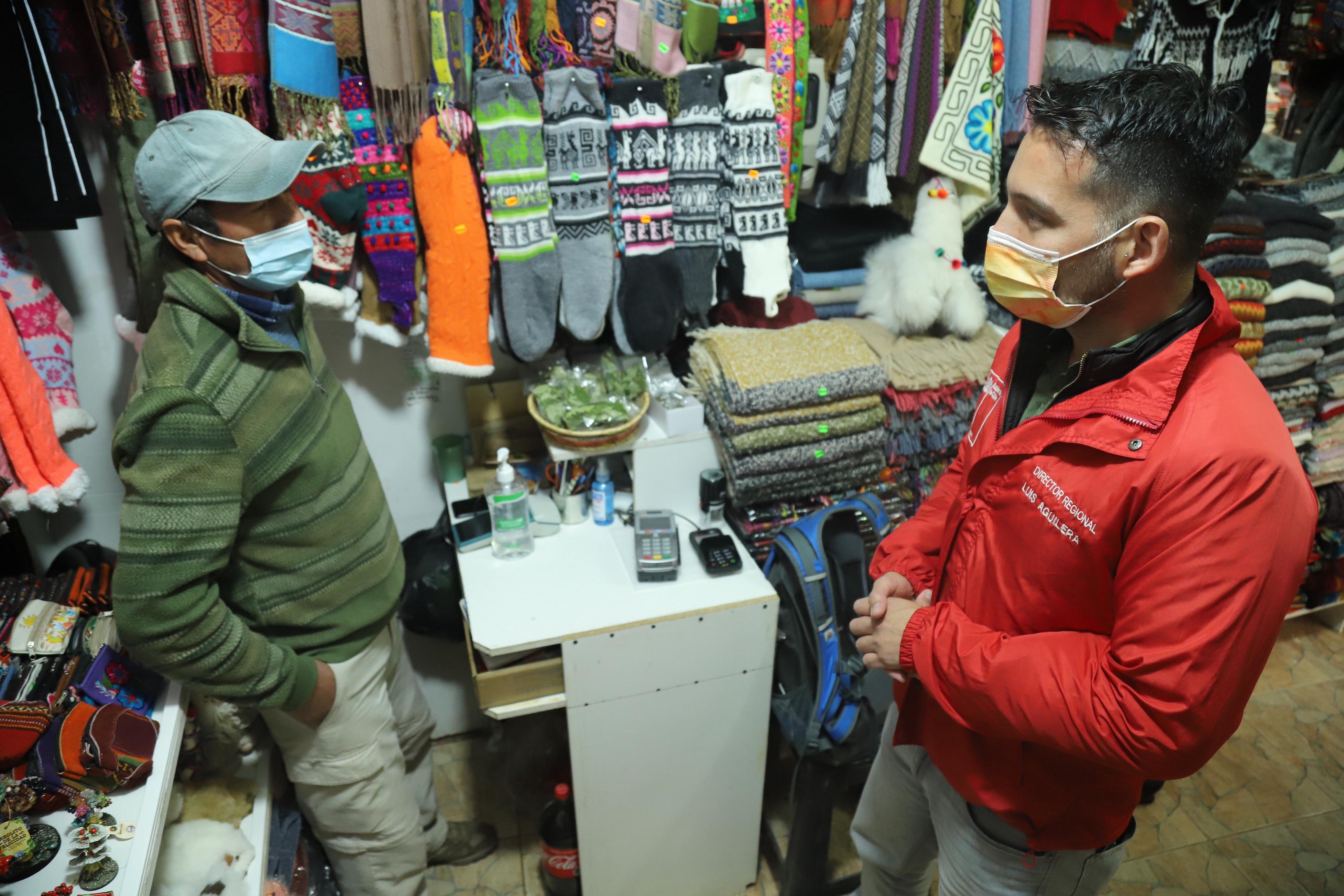 FOSIS entrega equipamiento para fortalecer emprendimientos de San Pedro de Atacama