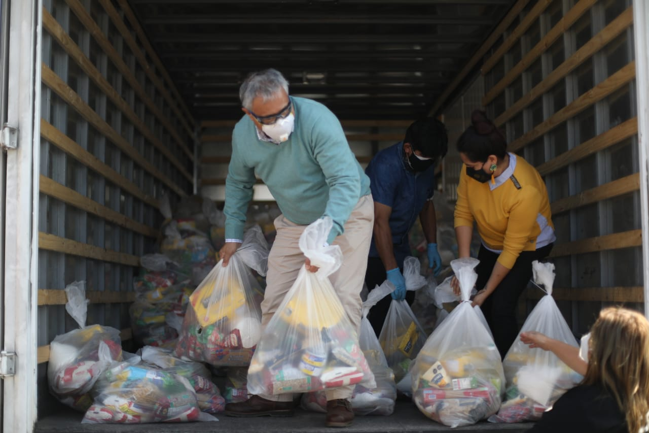 OCHO TONELADAS DE ALIMENTOS SON DESTINADAS A 500 FAMILIAS VULNERABLES DEL LICEO INDUSTRIAL A-16