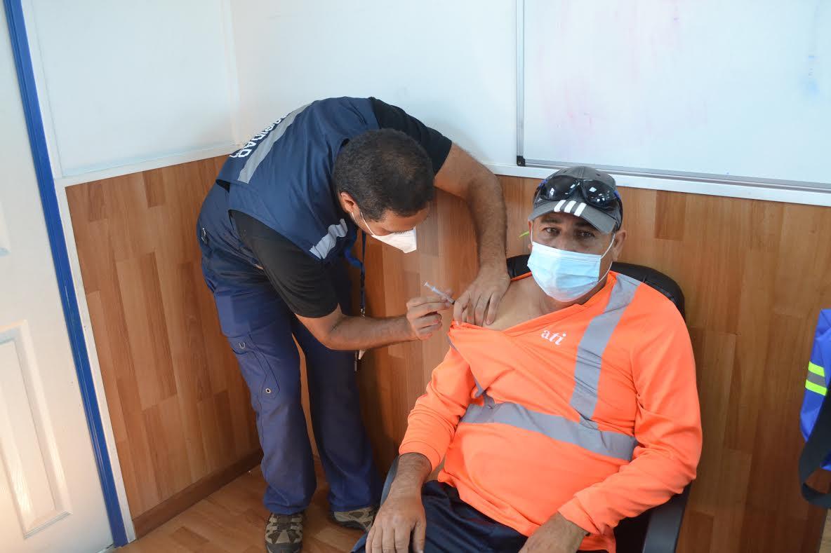 Inició proceso de vacunación covid-19 para trabajadores y trabajadoras de Puerto Antofagasta