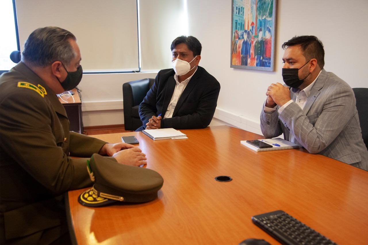 """Gobernador Regional se reunió con General de Carabineros: """"Solicitamos acelerar la entrega del monumento histórico La Providencia  de Antofagasta"""""""